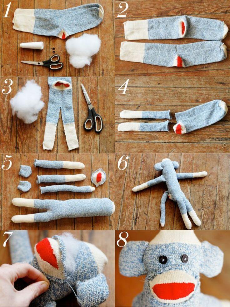 Como hacer un mono con calcetines