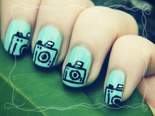 Ideas de decoración de uñas en forma de camaras