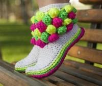 modelos de botas tejidas a crochet para niña
