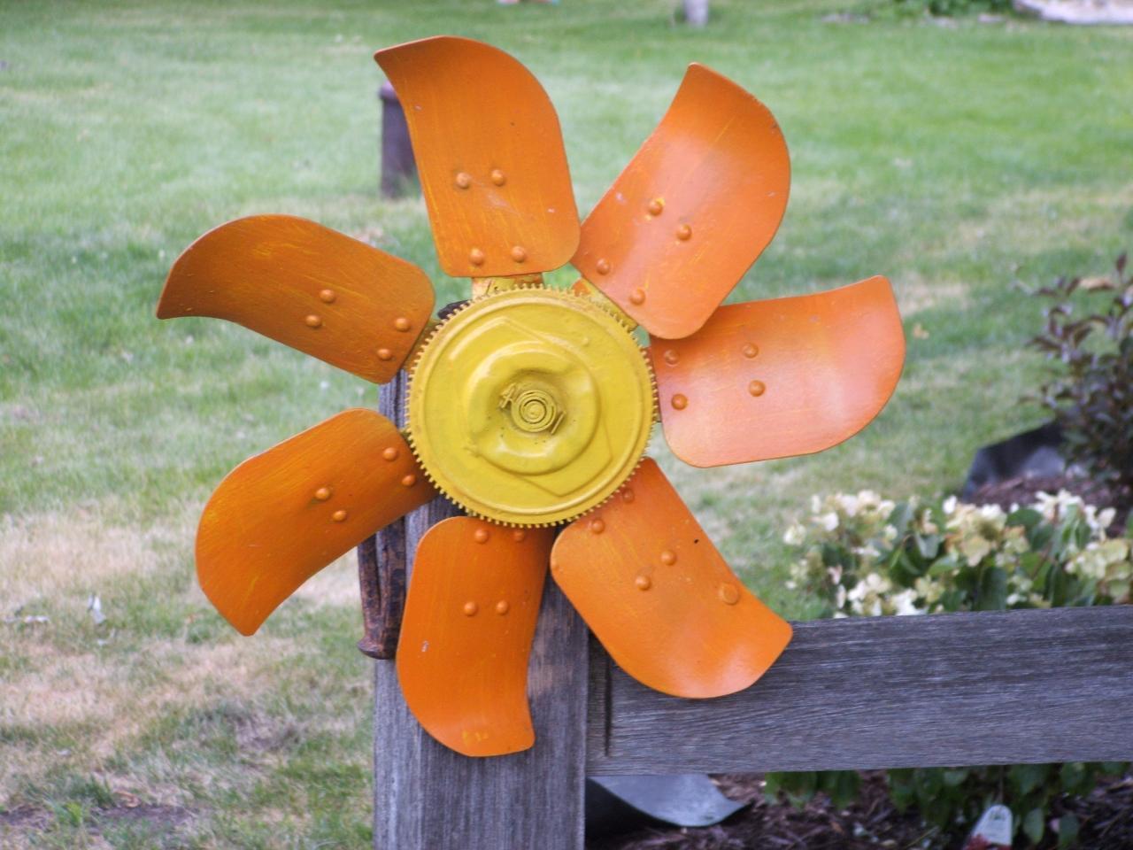 20 ideas para decorar el jardin con materiales reciclables for Decorar el jardin con cosas recicladas