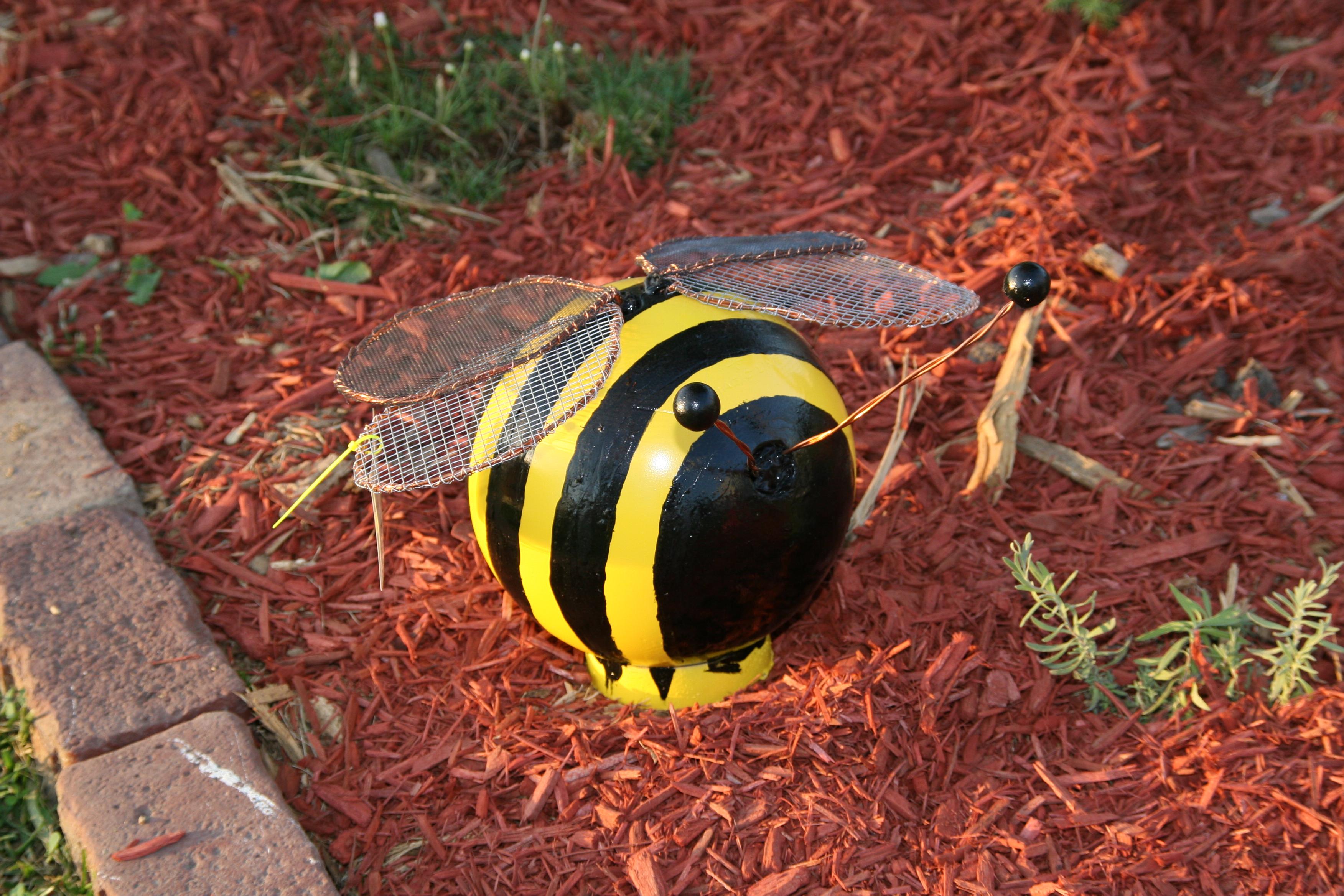20 Ideas Para Decorar El Jardin Con Materiales Reciclables