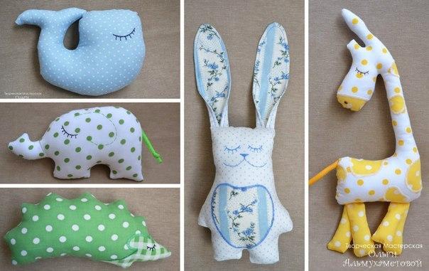 Modelos animales de peluche jirafa, conejo, ballenas, elefantes y erizo (1)