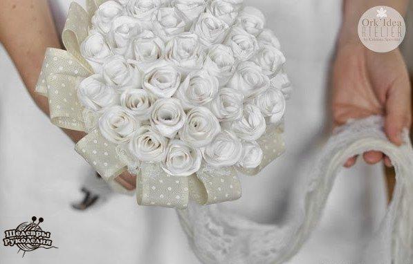 Como hacer un ramo de novia con flores de papel (1)