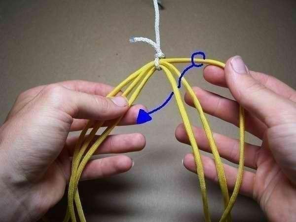Como hacer una pulsera de 6 hilos patron (3)