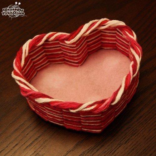 Patron para hacer una canasta de corazon (1)