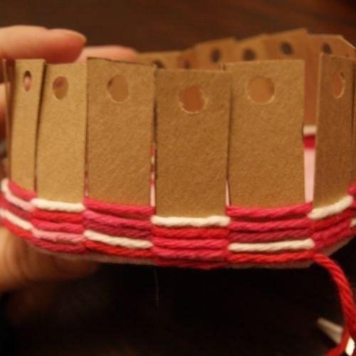 Patron para hacer una canasta de corazon (7)