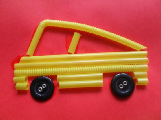 manualidades para el kinder carros con popotes10