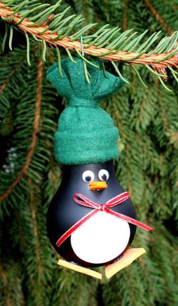 Como decorar bombillas navideñas02