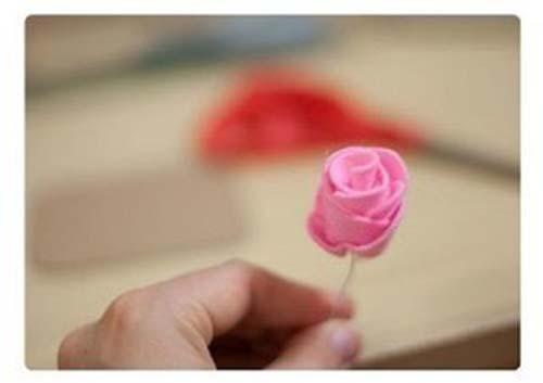 Como hacer flores de fieltro paso a paso02