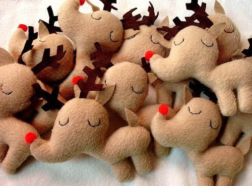 Renos navide os de fieltro con moldes for Manualidades renos navidenos