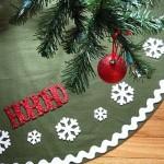 15 ideas para hacer un pie de arbol navideño04