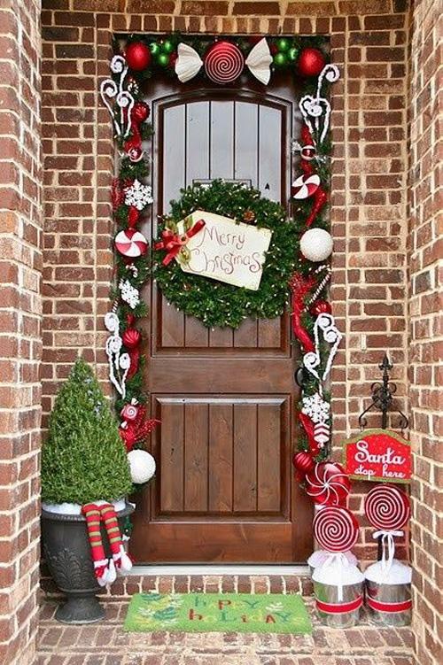 Ideas para decorar puertas en navidad03