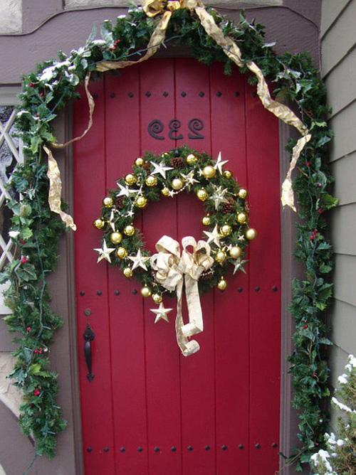 Ideas para decorar puertas en navidad05