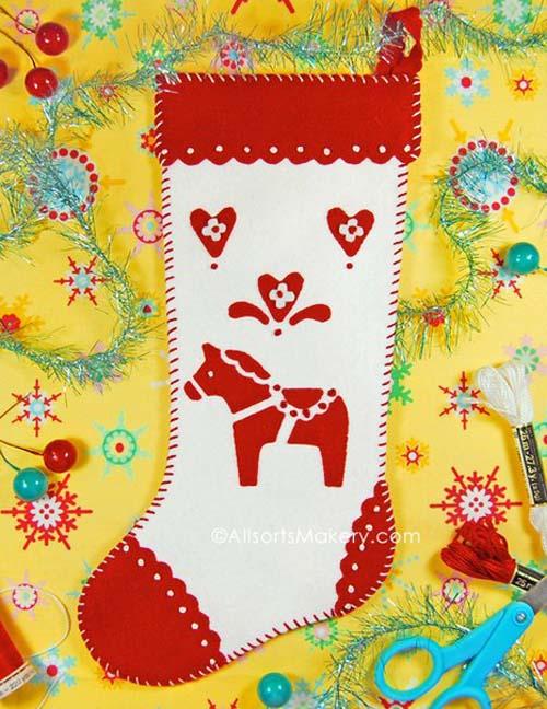 Moldes gratis para hacer botas navideñas de fieltro02