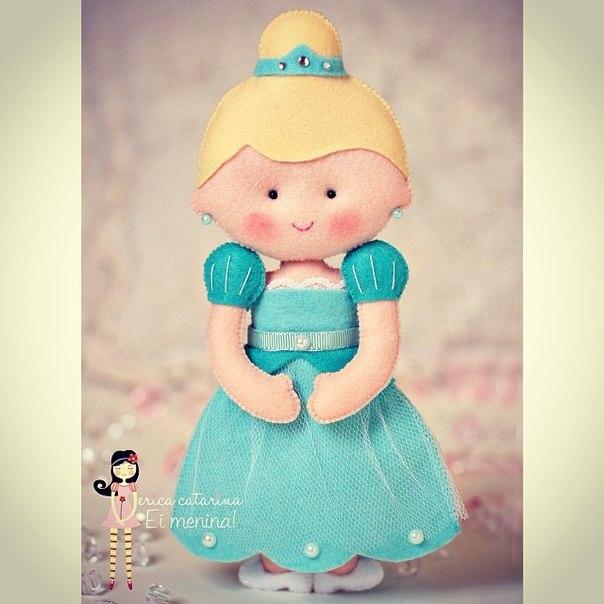 Moldes para hacer princesas de fieltro o tela08