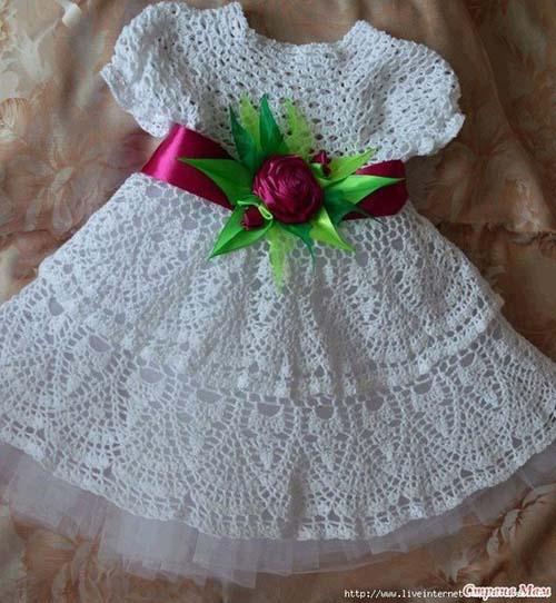 Patron para hacer un vestido de niña a crochet07