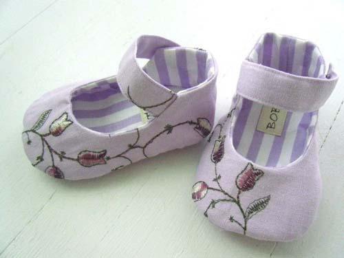 Patrones para hacer zapatitos de tela para bebe08