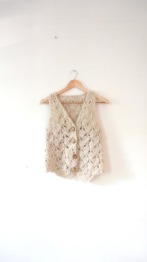 Chalecos tejidos a crochet para mujer01