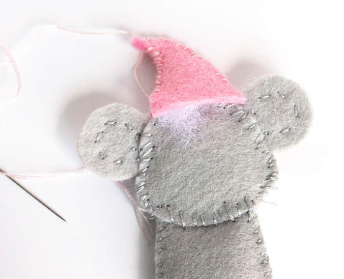 Como hacer ratones navideños con moldes02