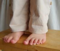 Como hacer unos pantalones para niños