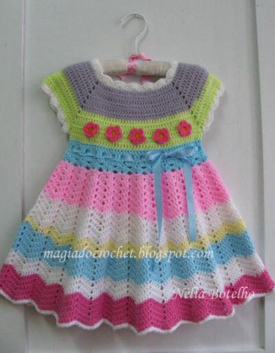 Modelos para hacer bonito vestido a crochet para niñas03