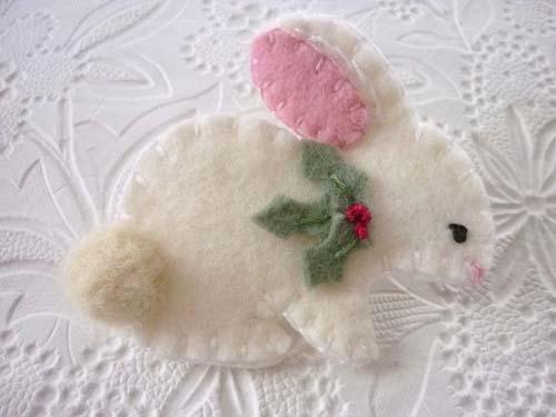 Moldes de conejos navideños en fieltro04
