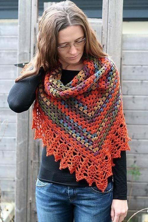 Patron gratis para hacer un chal triangular a crochet02