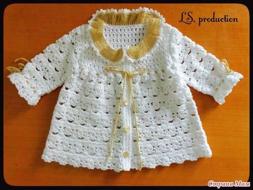 Patron para tejer una chambrita a crochet para bebe01