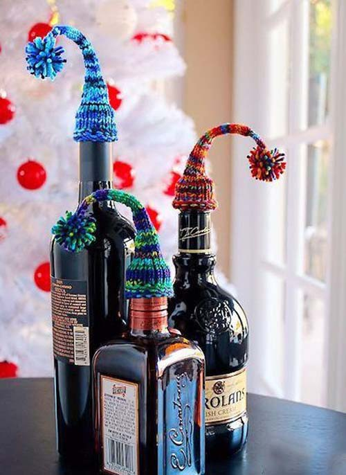 ideas de botellas de vino decoradas para regalar en navidad 02