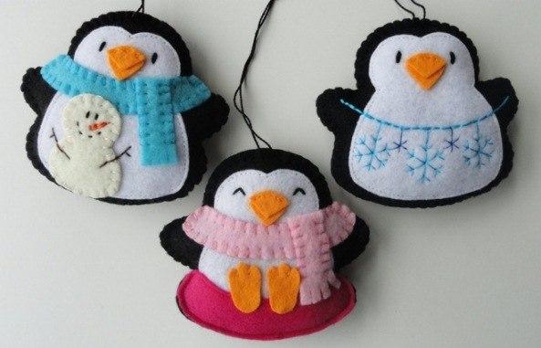 pinguinos navideños de fieltro03