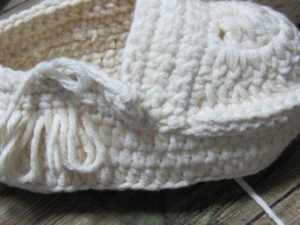 Botines tejidos a crochet para bebes01