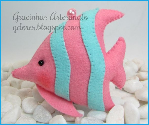 Como hacer animales marinos en fieltro08