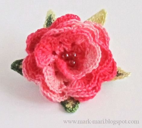 Como hacer rosas tejidos a crochet05