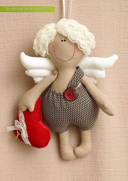 Como hacer un muñeco cupido en fieltro02