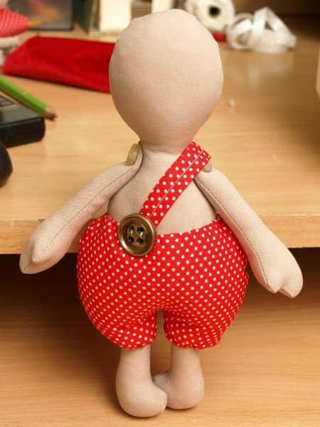 Como hacer un muñeco cupido en fieltro08