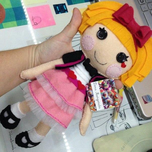 Como hacer una muñeca lala loopsy de fieltro10