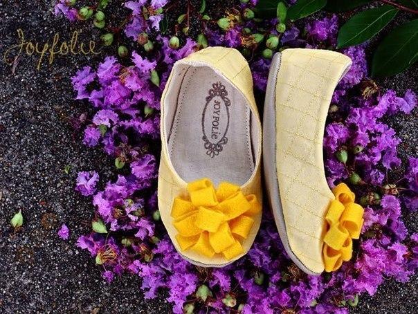 Como hacer zapatos de tela para niñas06