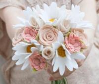 Ramos de flores de fieltro