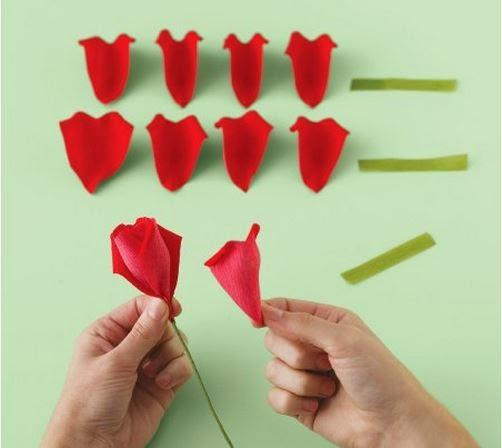 Como hacer un ramo de rosas de papel crepe01