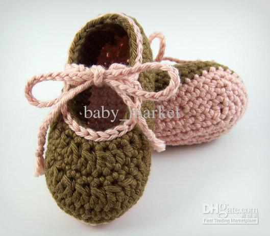 Como hacer zapatos a crochet para niñas01