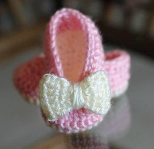 Zapatitos tejidos a crochet para niñas03