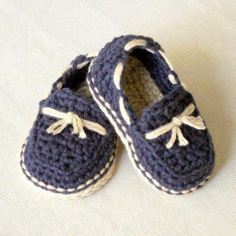 Zapatitos tejidos a crochet para niñas04