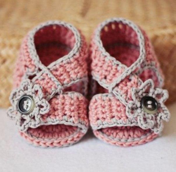 Zapatitos y sandalias a crochet para bebes09