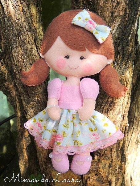Como hacer muñecas de fieltro con moldes07
