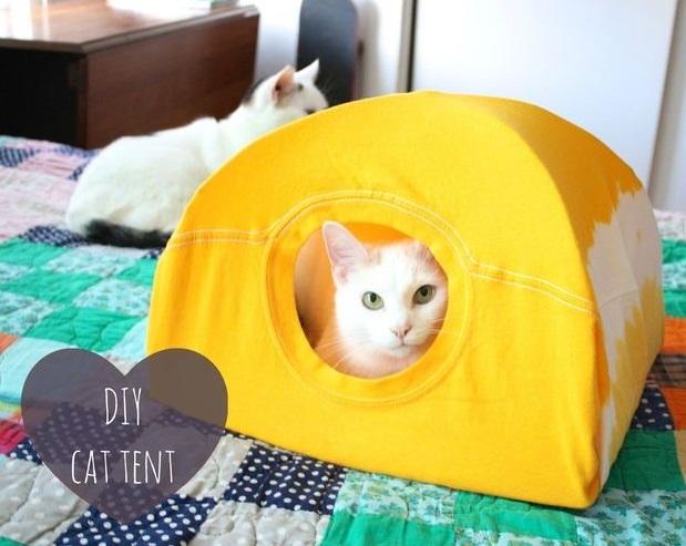 como hacer una casa para gatos con una camiseta10