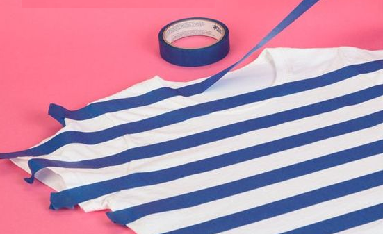 como-cambiar-por-completo-el-estilo-de-una-camiseta-blanca2