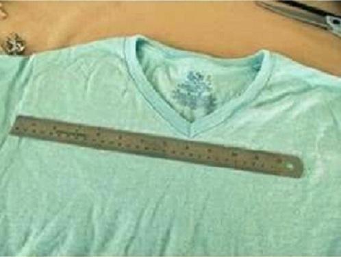 convertir-una-camiseta-en-una-bonita-blusa12