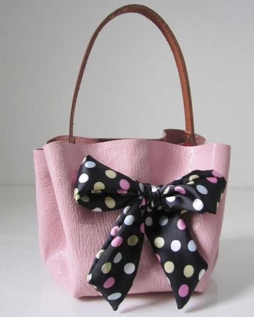 como-hacer-un-lindo-bolso-de-mano-sin-costuras1