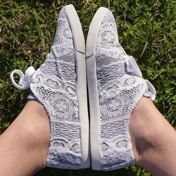 decorar tus zapatillas con tela de encaje1