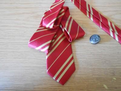como-hacer-un-lazo-con-una-corbata3